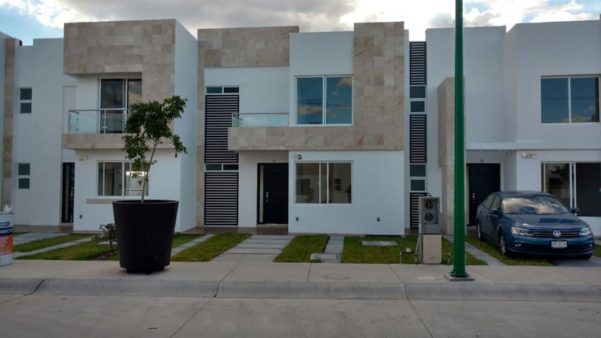 Lovely little dream house - Villas de Irapuato