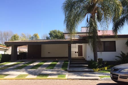 Beautiful House in El Cristo Country Club Atlixco - Atlixco