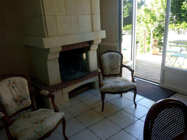 Chambre dans maison proche Puy du Fou et Hellfest