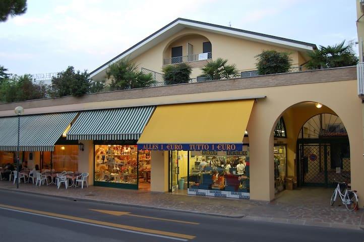 Appartamento zona pedonale Abano Terme - Abano Terme - Lägenhet