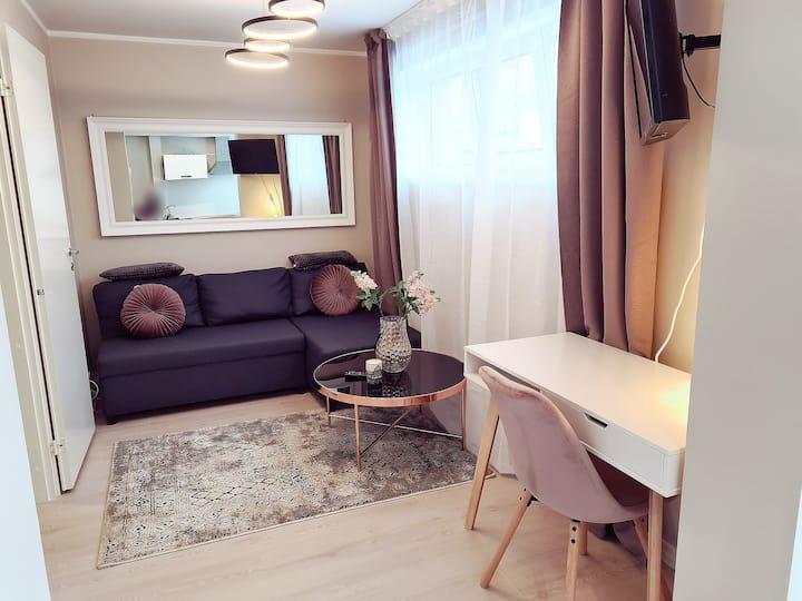 Cozy & romantic APT with private terrace