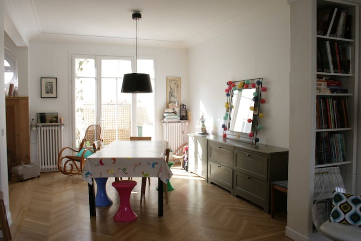 Charming family house near Paris - Colombes - Haus