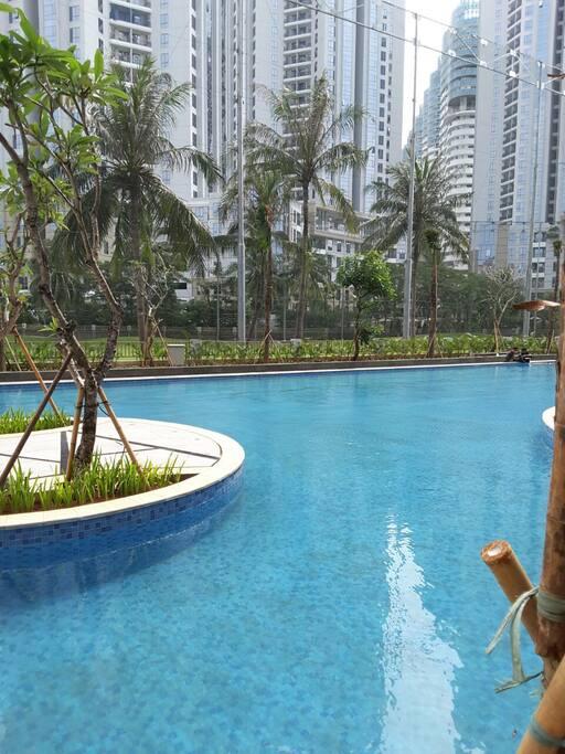 Pool Side 2