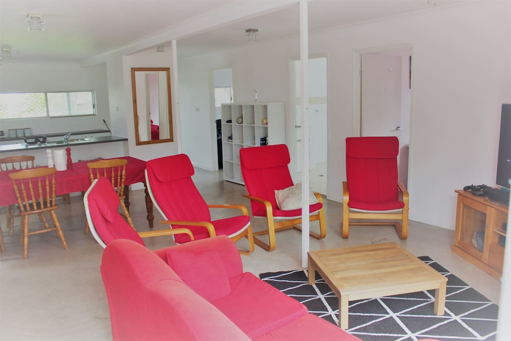Family pet friendly beach house with spa h user zur for A family pet salon