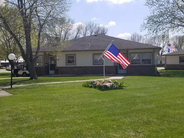 Manson, Iowa Furnished Short Term Apartment