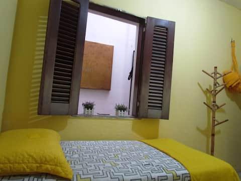 Hostel Casa Amarela-CentroHistórico,QUARTO AMARELO