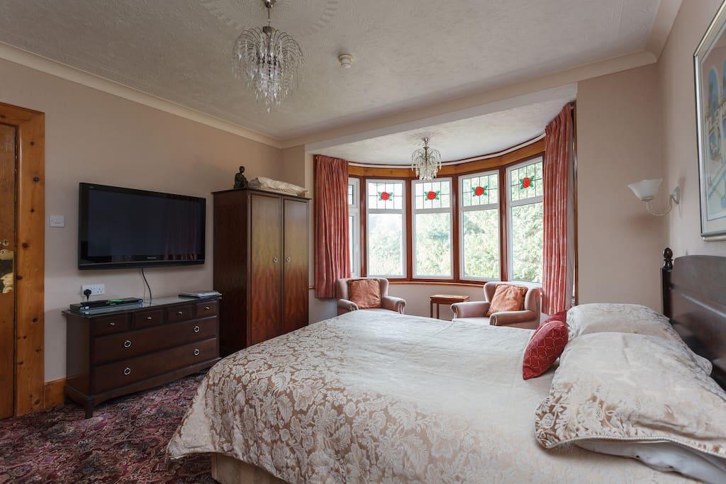 luxury pocket sprung comfy bed