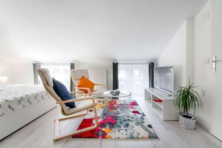 Sweet Loft Apartment (White) in Rijeka center