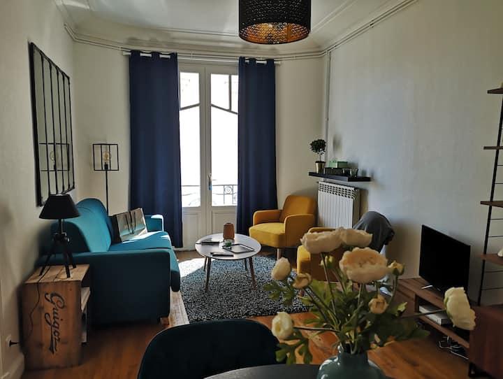 Appartement cosy dans immeuble Art Déco