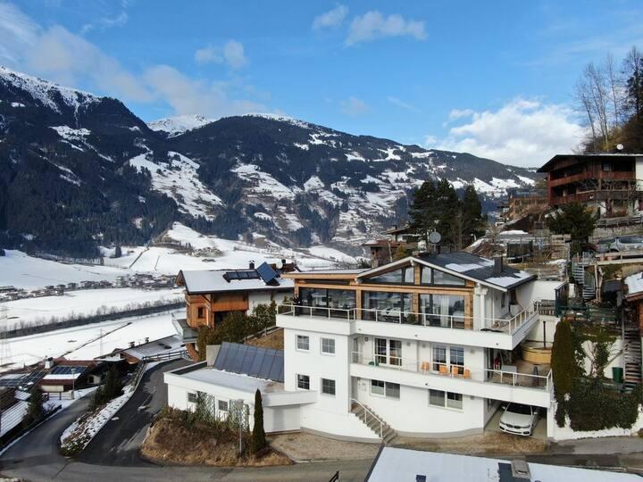Chalet Vista, Luxury ski chalet
