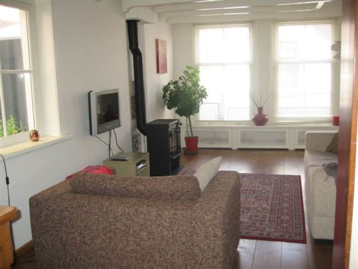 Spacious & Homely in the centre with Terrace