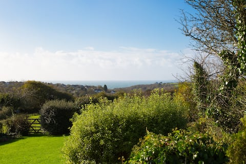 Relaxing retreat with sea view in Wembury