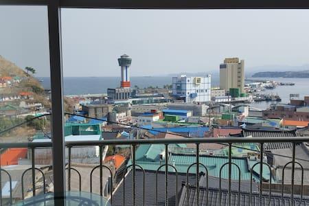 해맞이 동해 묵호항 펜션