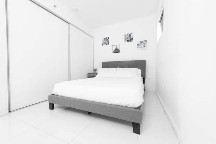109 Miami Beach Cozy Apartment