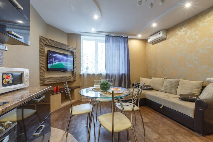 Трехкомнатная квартира, ул. Пионерская 100