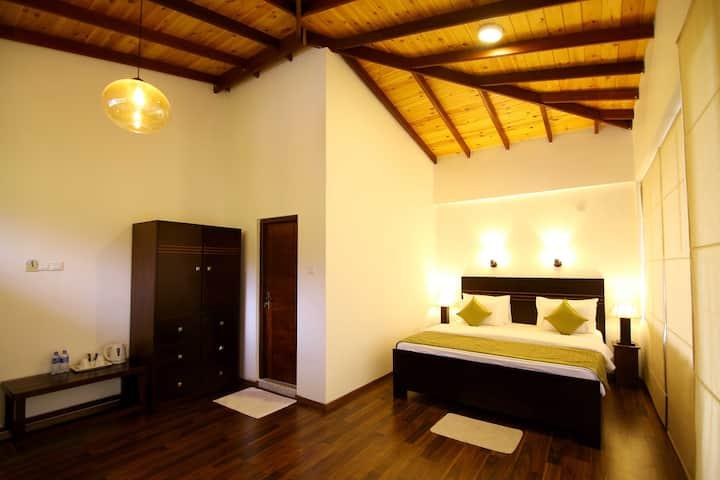 Luxury Triple Room, Hillcrest Villa Kandy