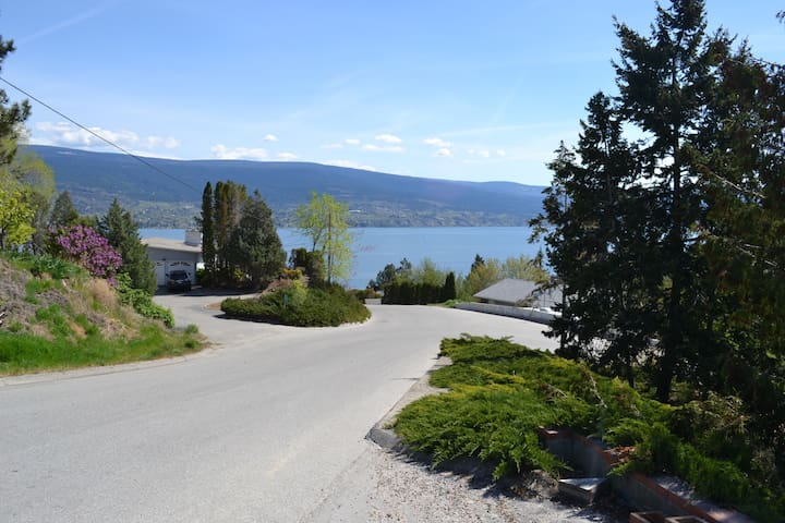 Beautiful Okanagan Lake view from the drive way.