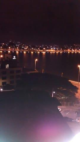 Suíte na beira mar de Florianópolis