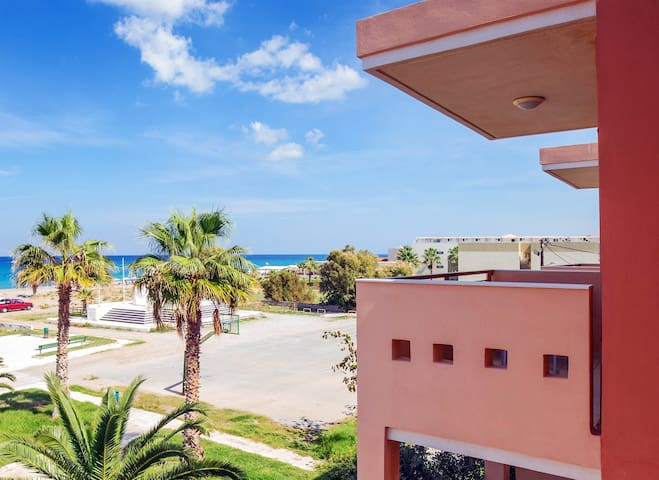 Beach apartment with great sea view #1