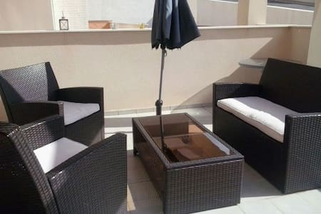 Modern 2 bedroom family (pet friendly) apartment - Cartagena - Pis