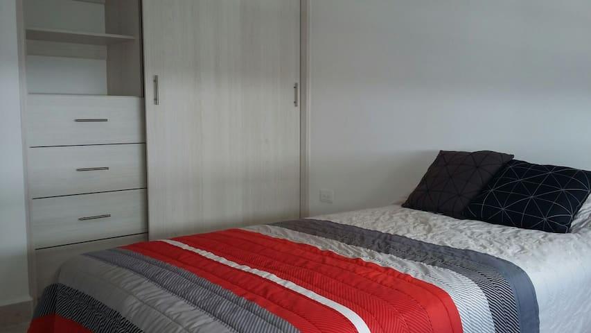 Habitacion comoda y tranquila para descansar