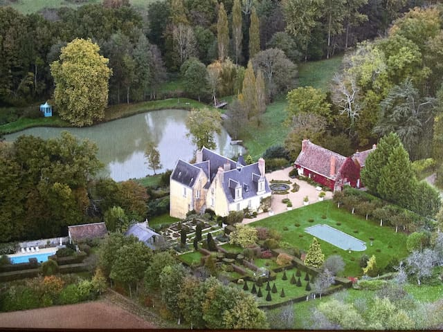 COUNTRY CHATEAU IN LOIRE VALLEY - Le Boulay - Casa