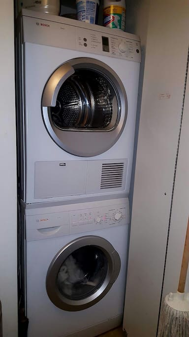 Use this energy saving washer/dryer during your stay!