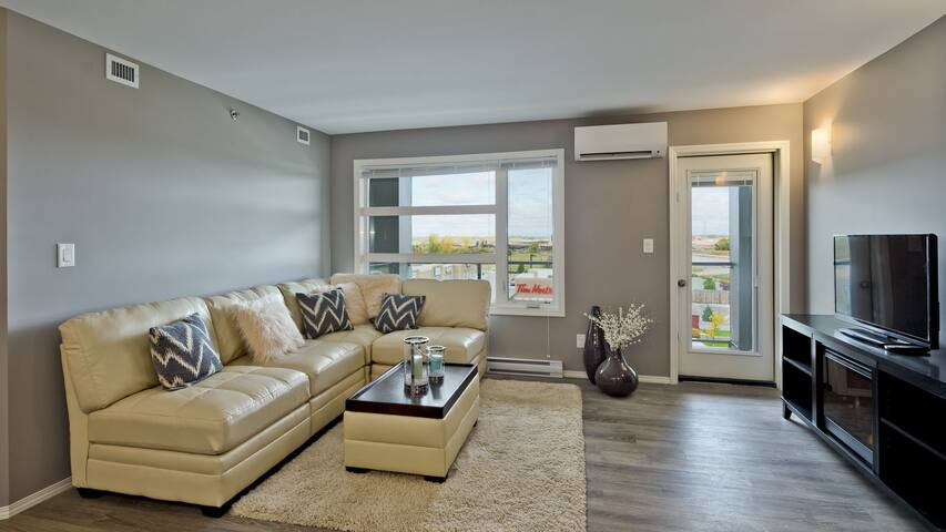 Modern 2 bedroom suite