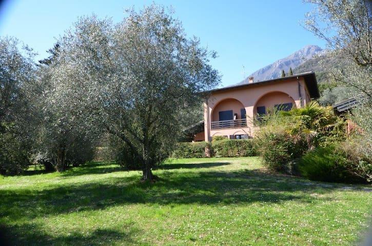 CASA DANILA, TRA NATURA E RELAX - Toscolano-Maderno - House