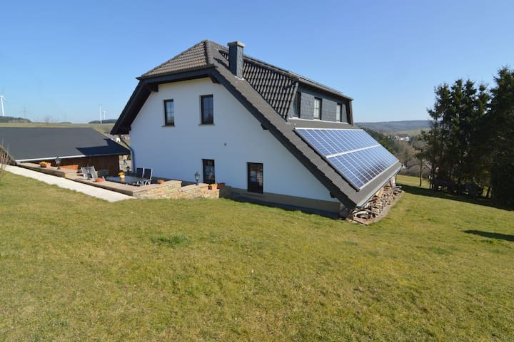 A comfortable holiday home in the Eifel region.