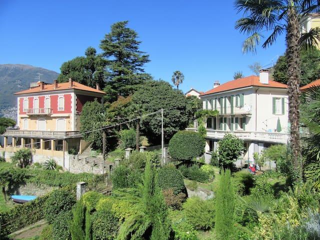 Vintage Villa in Pino Lago Maggiore