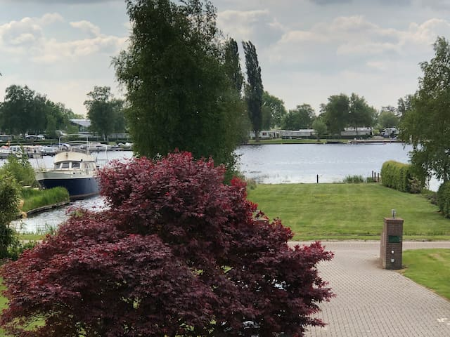 Cozy Apartment Peace of Mind-Giethoorn 10 min