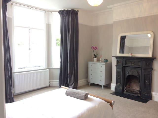 Stunning Victorian Garden Apartment - Greater London - Byt