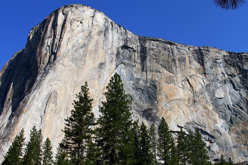 El Capitan inside Yosemite National Park