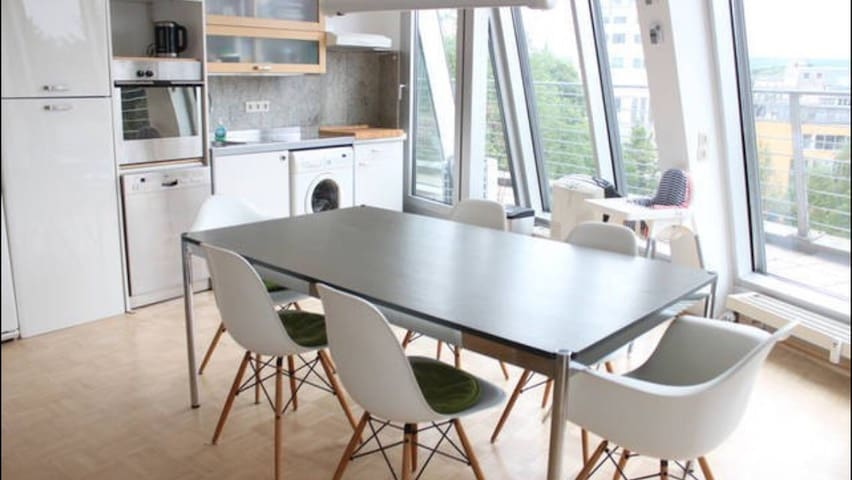 BIG-CITY PENTHOUSE-360 VIEW - Aachen - Leilighet