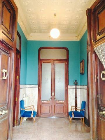 Habitación privada en Villa Pilar - Navajas - Haus