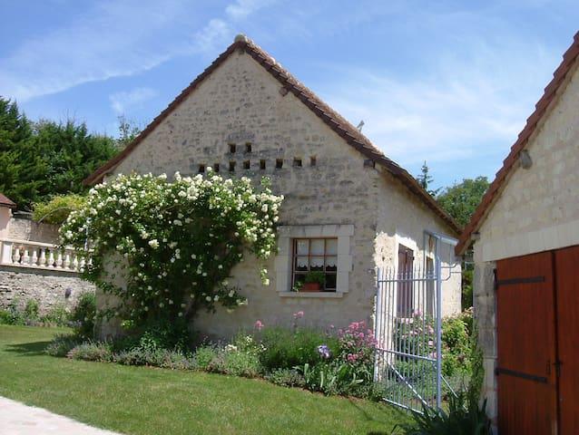Gîte de la Gravelle - Senillé - Huis