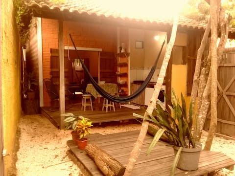 Monkey Bungalow (200m from the beach)