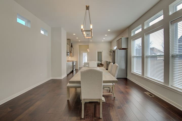 BRAND NEW high-end oasis  |  Downtown Indy