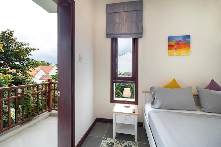58 -Private room w/Pool view & Bal ❆Free Bicycle