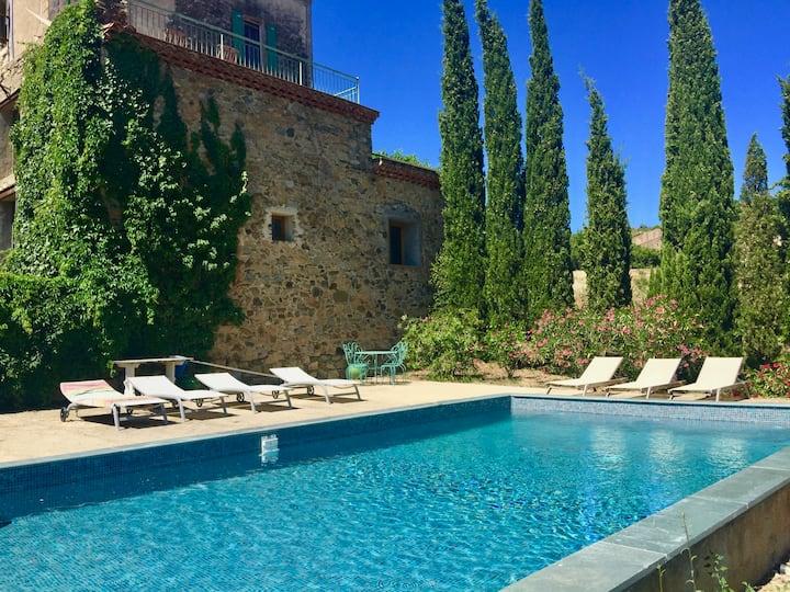 Maison de Maitre with pool near St Chinian.