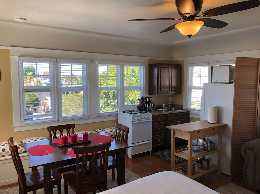 Dining / Kitchen Combo