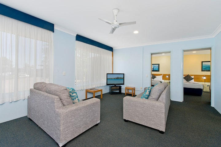 2-Bedroom Apartment @ Haven Waters