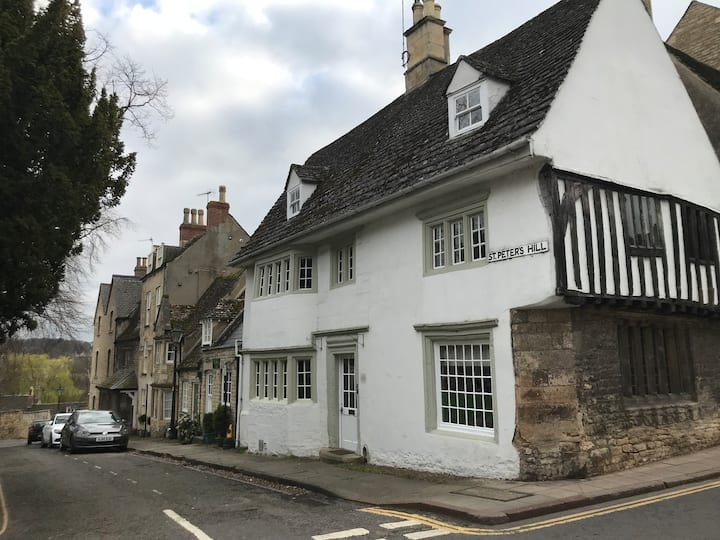 Medieval character home in central Stamford