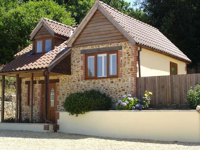 Lyme Cottage, rural Axminster near Lyme Regis