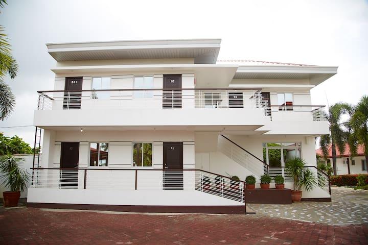 Beautiful Garden Resort in Urdaneta City