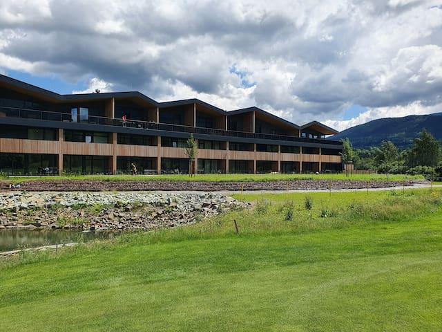 Golfapartmány Čeladná s terasou, bazénem a saunou