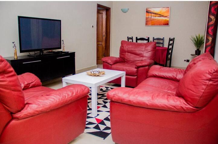 Cotonou : The Red Apartment