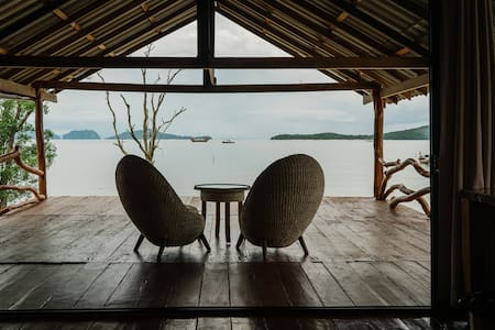 Wooda House - Gorgeous wooden villa on the sea