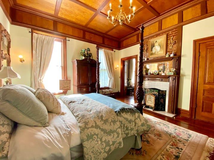 Iris Suite  at  Hogan House